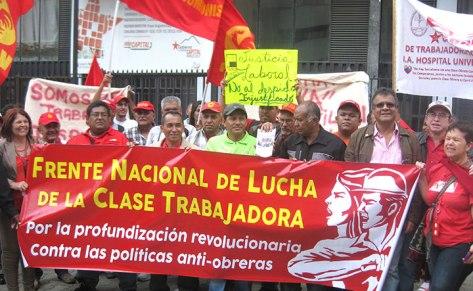 Concentración del Frente Nacional de Lucha de la Clase Trabajadora frente al TSJ el martes 16 de septiembre (Foto: Luis Rojas H.)